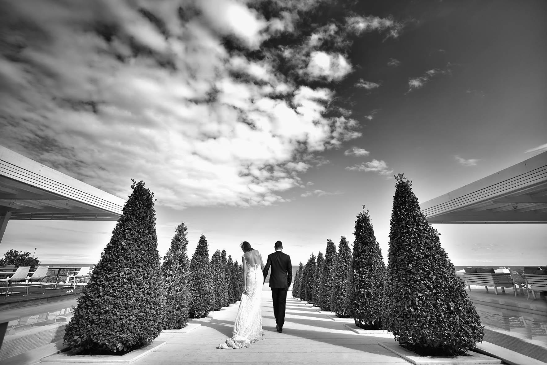 fine-art-photography-wedding-Cavo Olympo-pool-01