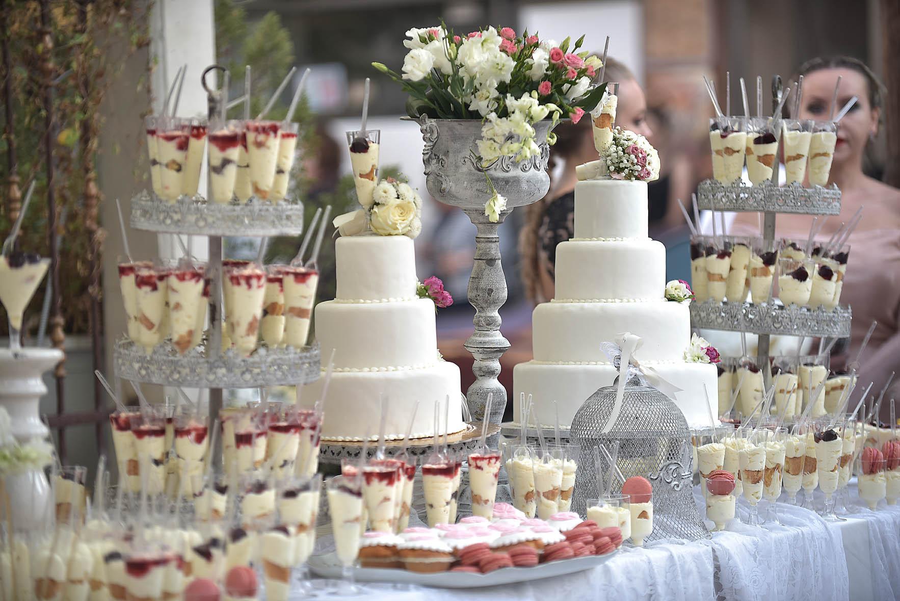 wedding-details-larissa-flowers-sweets