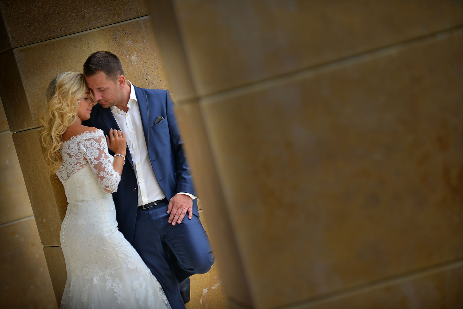bride-groom-Cavo-Olympo-Luxury-Hotel-01