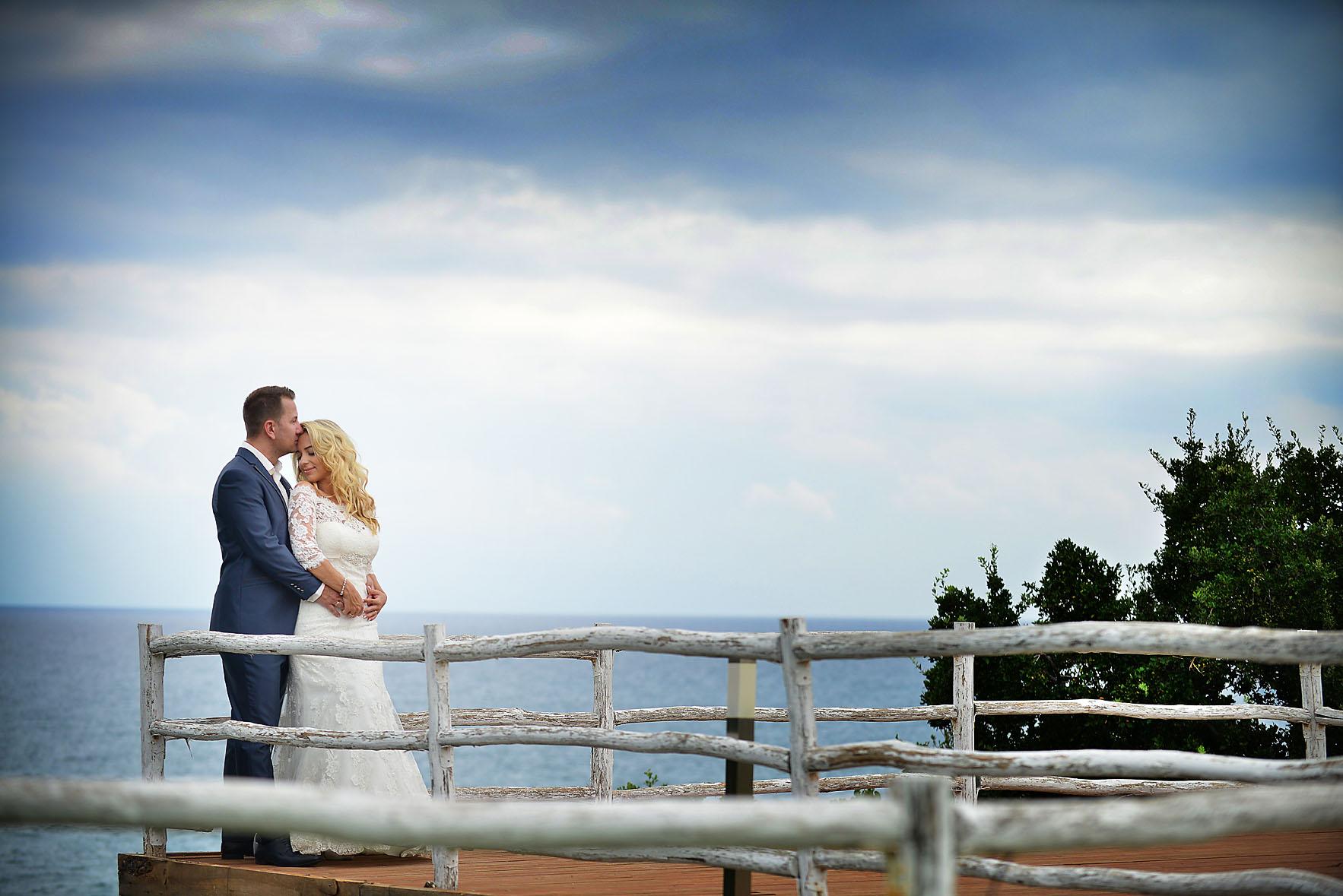bride-groom-sea-Cavo-Olympo-Luxury-Hotel-03