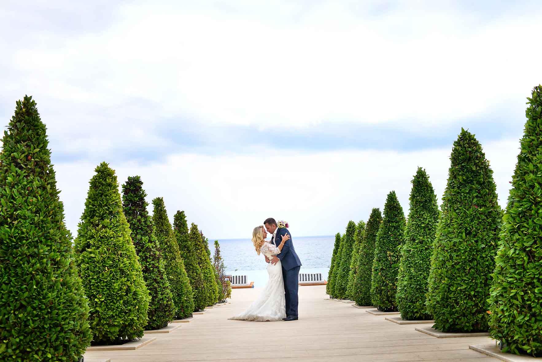 bride-groom-sea-Cavo-Olympo-Luxury-Hotel-06