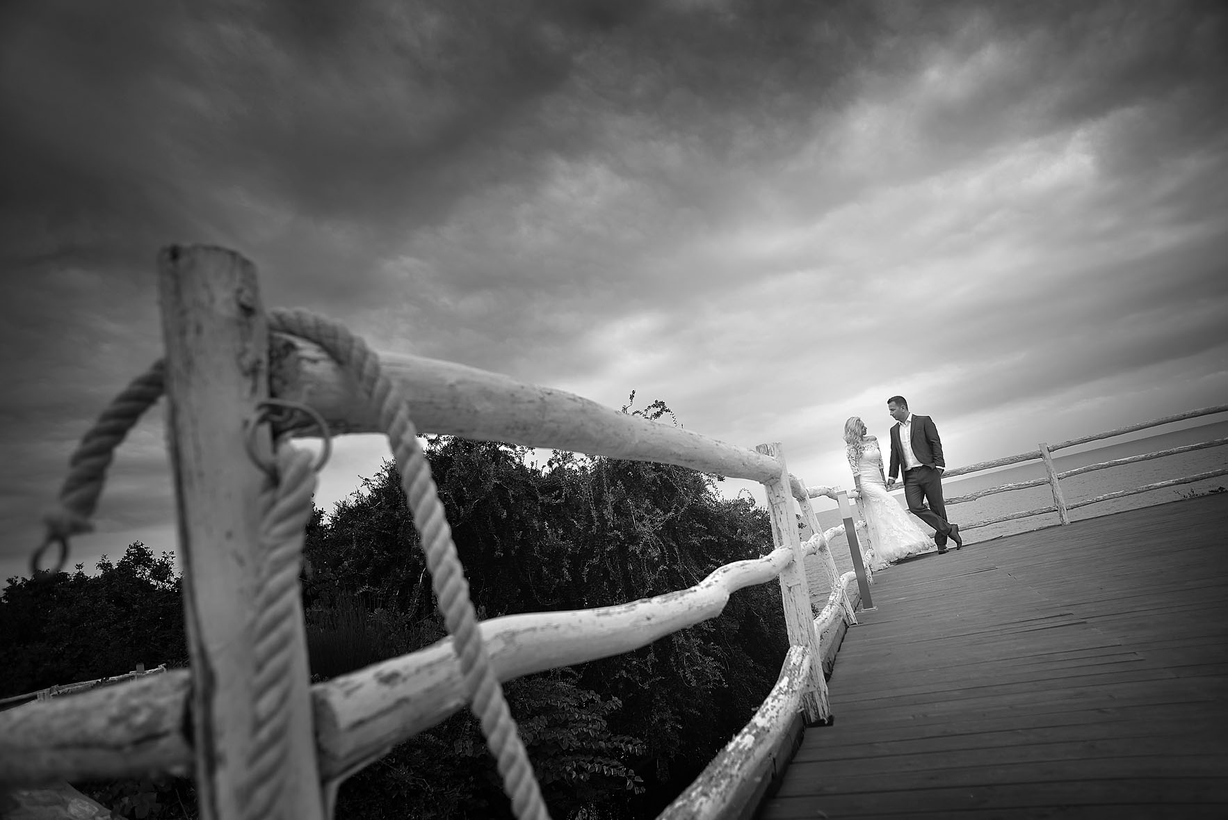 bride-groom-sea-Cavo-Olympo-Luxury-Hotel-07
