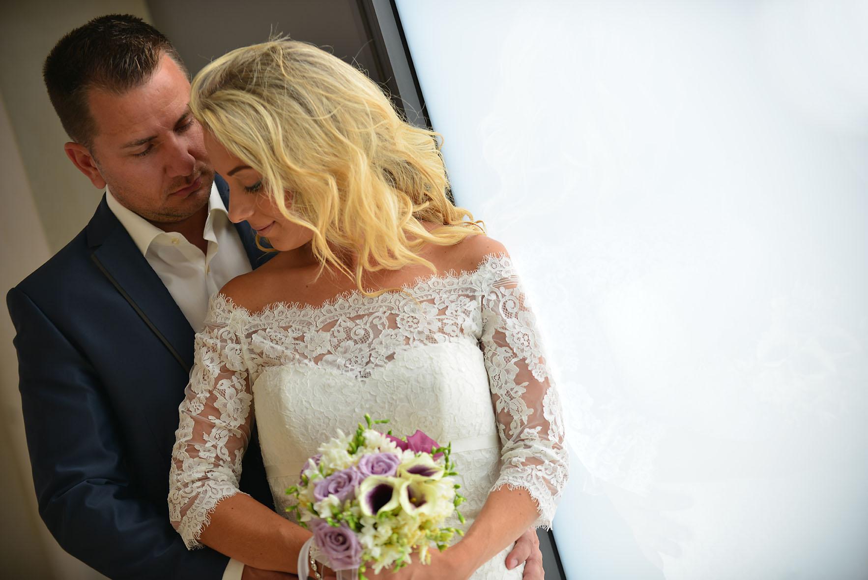 bride-groom-sea-Cavo-Olympo-Luxury-Hotel-089