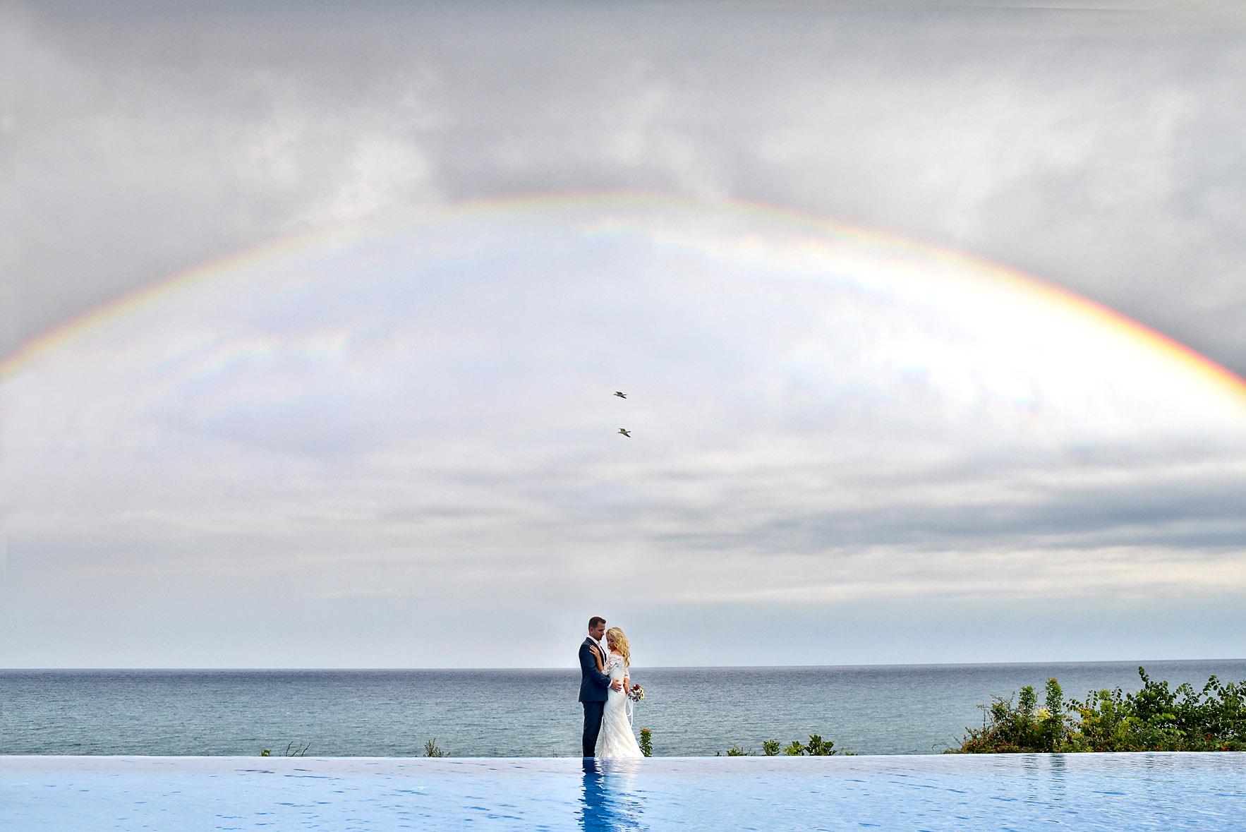 bride-groom-sea-Cavo-Olympo-Luxury-Hotel-pool-06