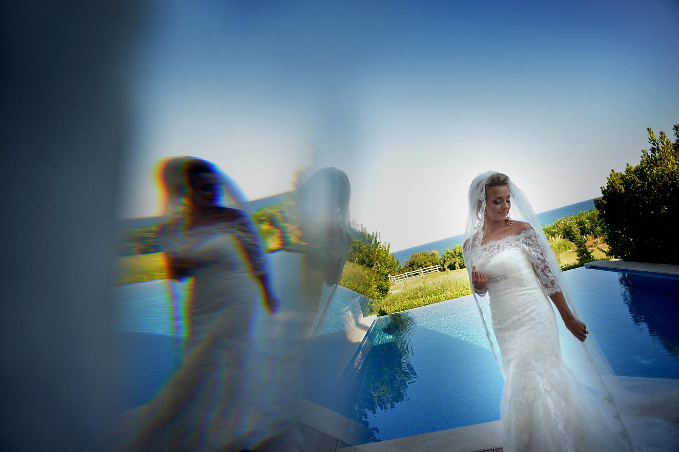 bride-pool-sea-Cavo-Olympo-Luxury-Hotel-01