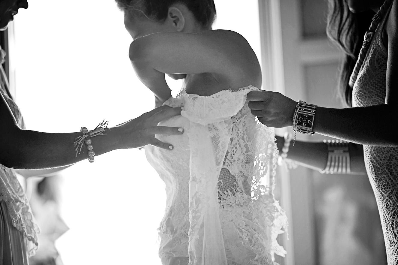 bride-preparation-wedding-dress