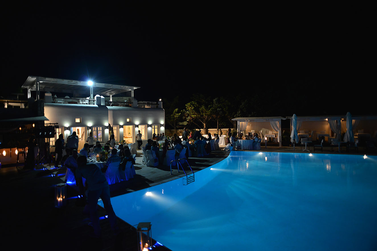 folegandros-kiklades-greece-bride-dress-hotel-04