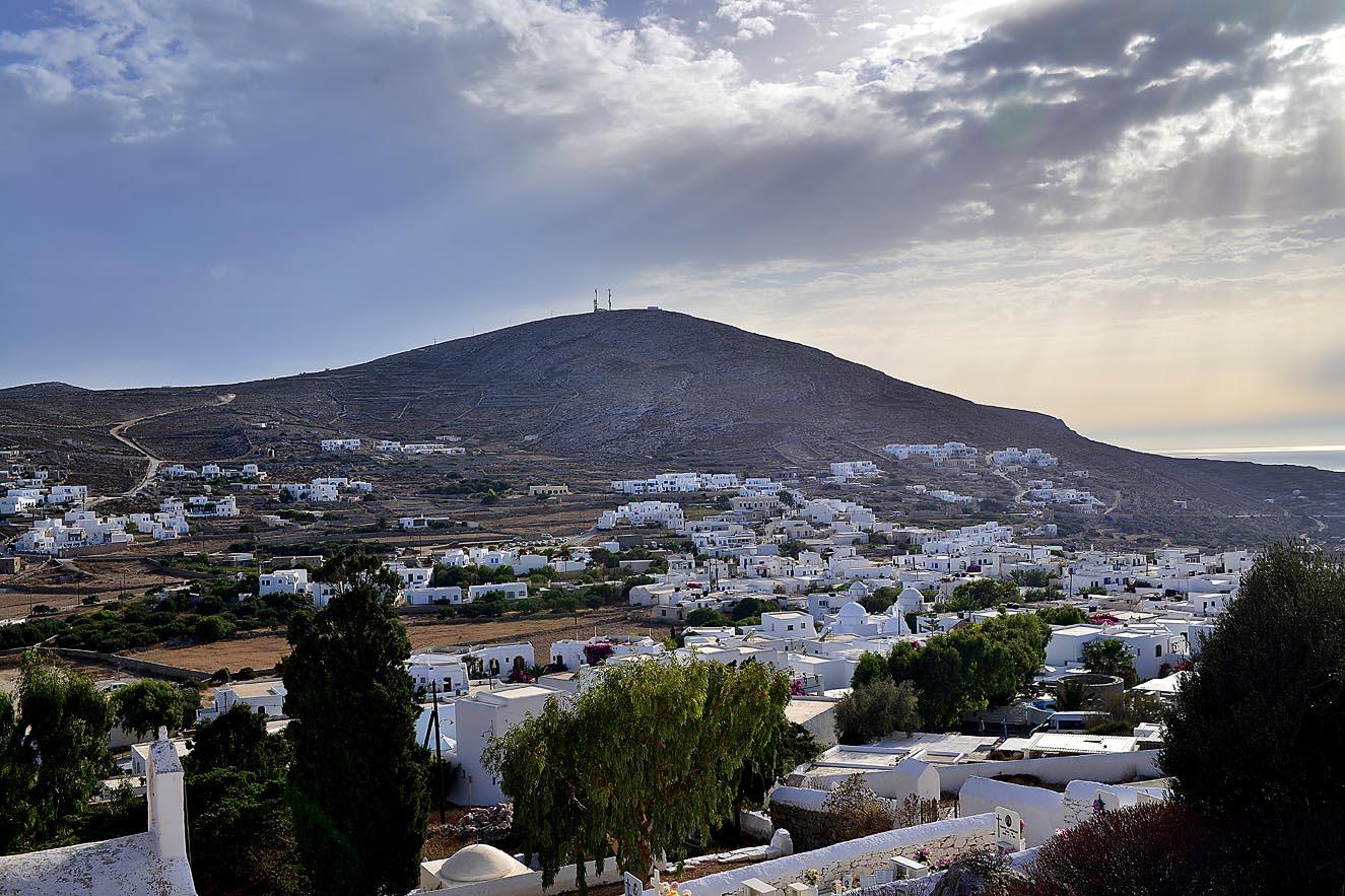folegandros-kiklades-greece-panagia-1