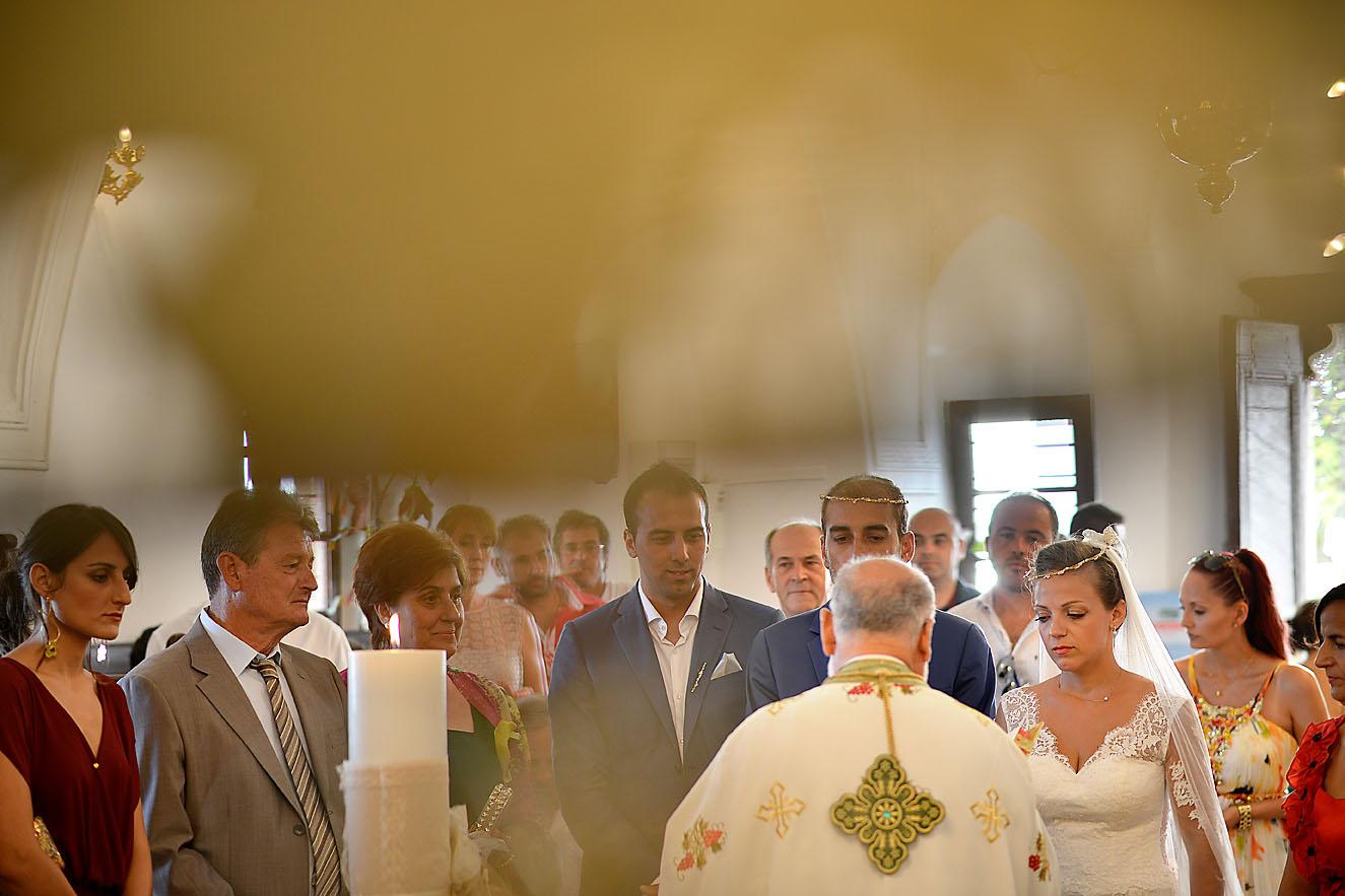 groom-bride-wedding-church-folegandros-panagia2