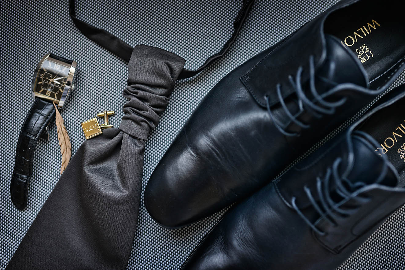 groom-details-shoes-preparation-gettin-ready-Cavo-Olympo-Luxury-Hotel