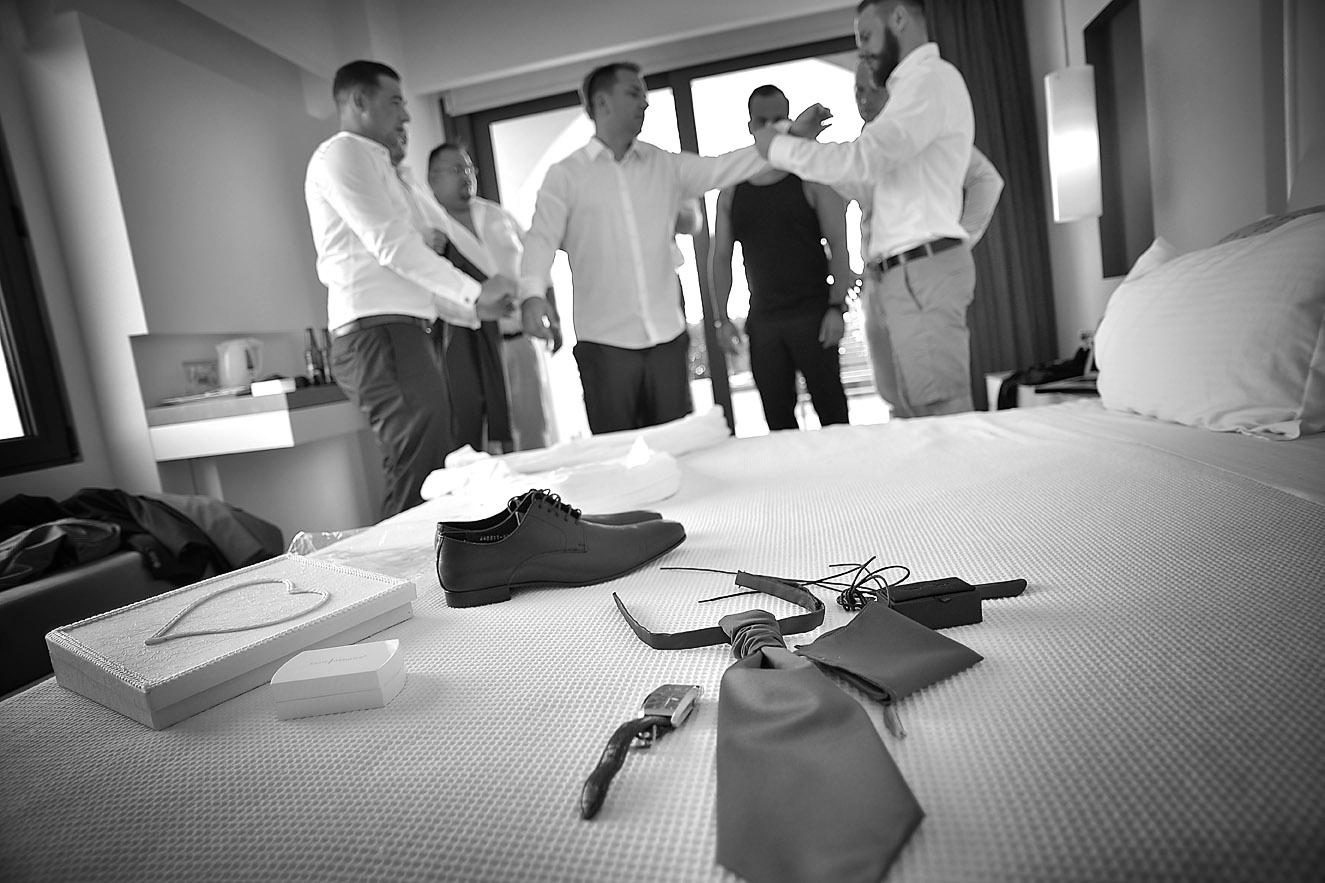 groom-preparation-gettin-ready-Cavo-Olympo-Luxury-Hotel-02