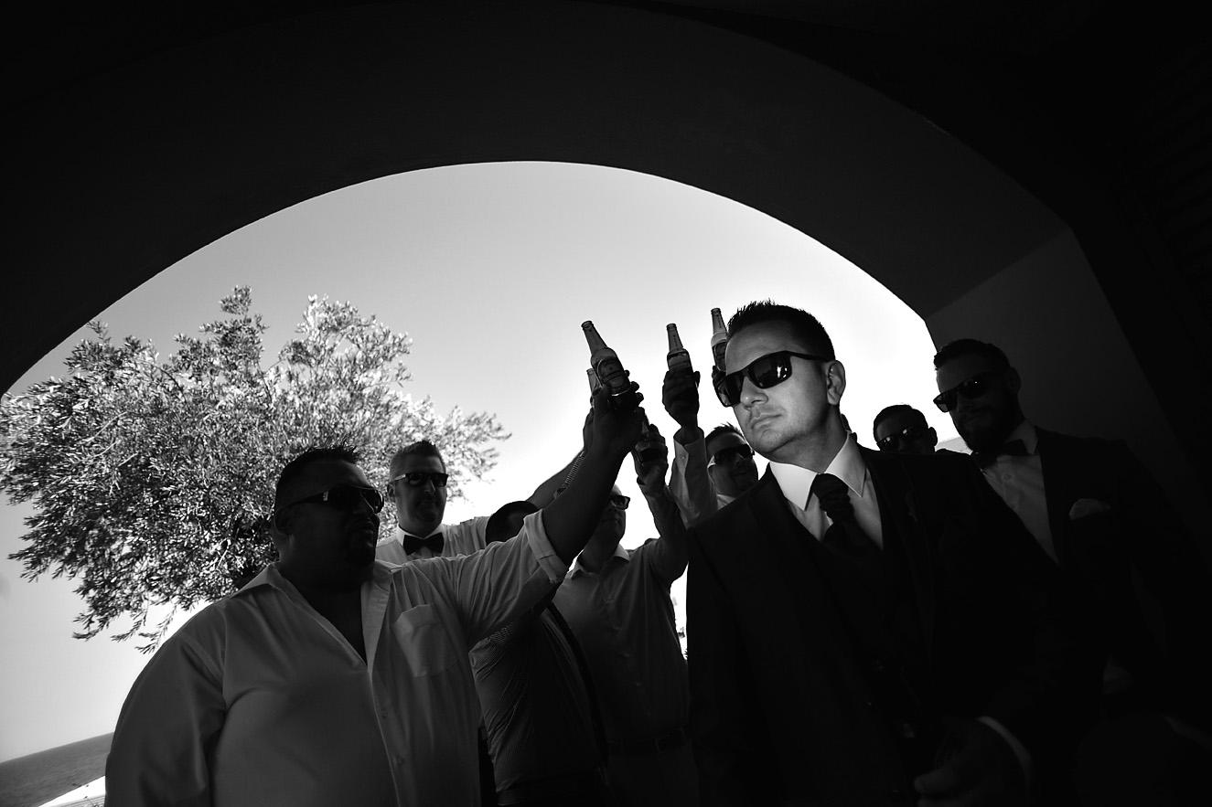 groom-preparation-gettin-ready-hotel-olympus cavo