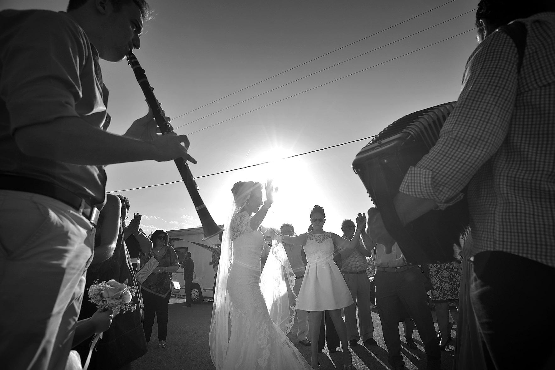 wedding-bride-dance