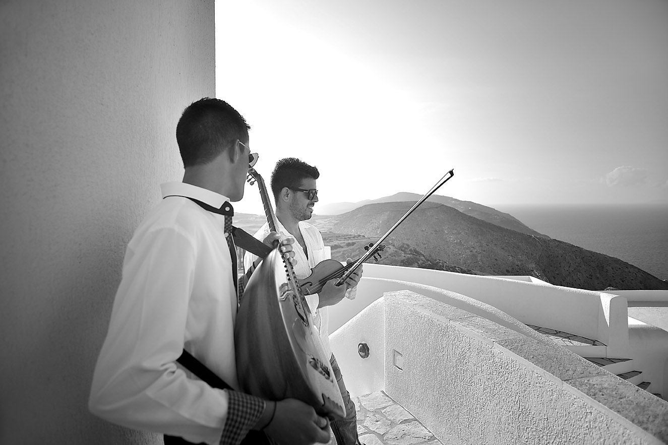 wedding-folegandrow-island-music-greece