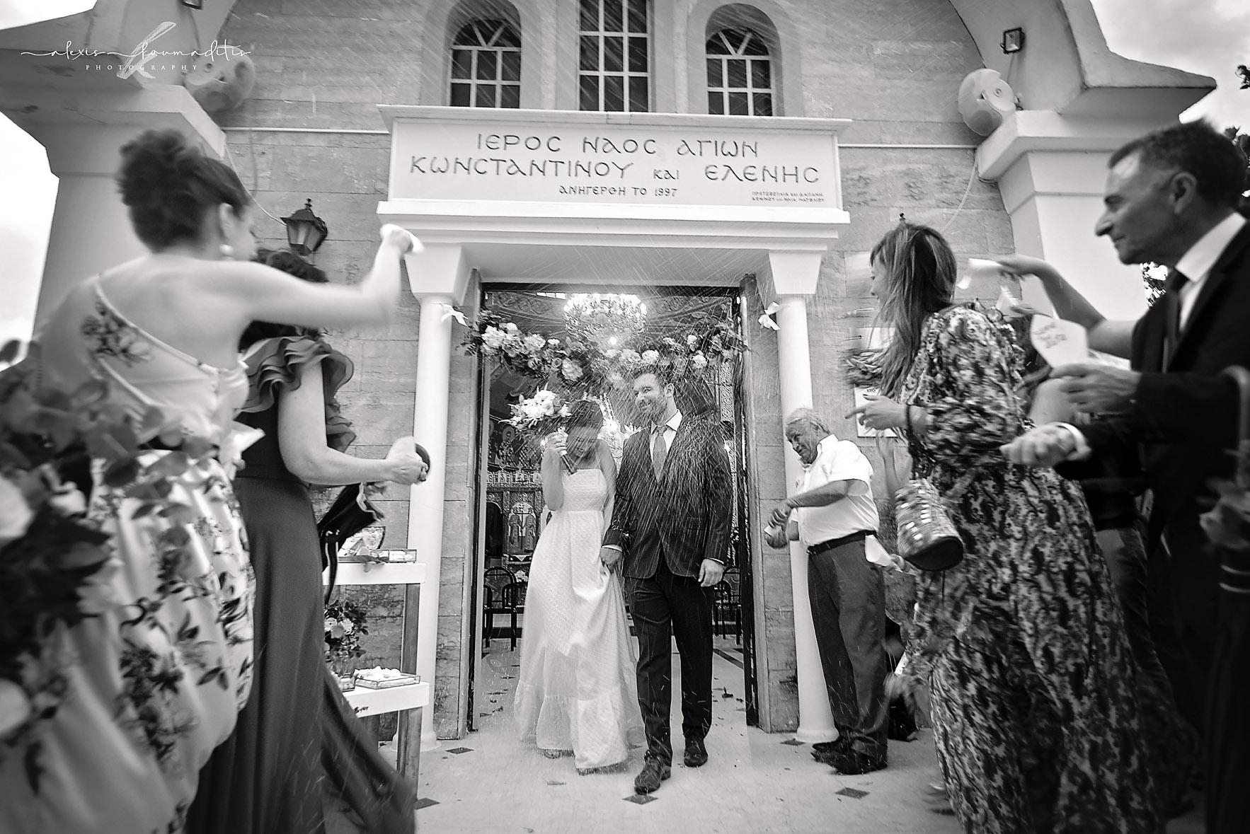 wedding-photography-platamon-love-bride-groom-alexis-koumaditis