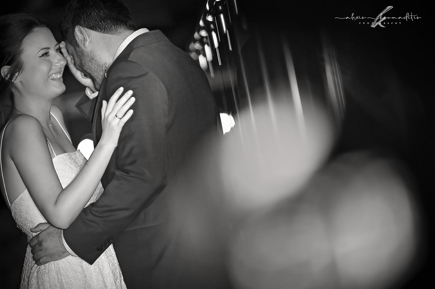 wedding- photography-platamon-royal-hotel -love-bride-groom-alexis-koumaditis