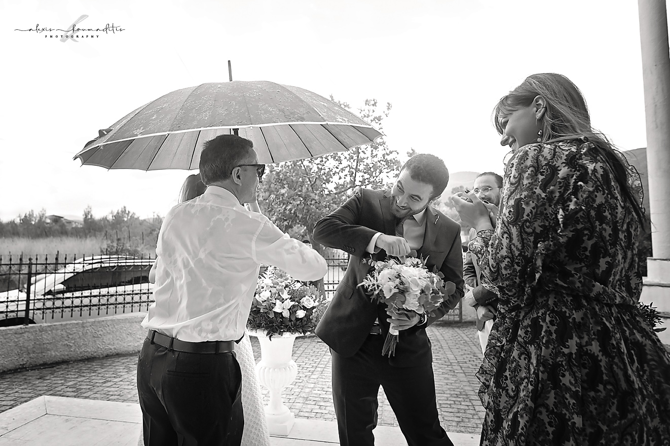 wedding-platamon- konstantinou-elenis-rainning-day