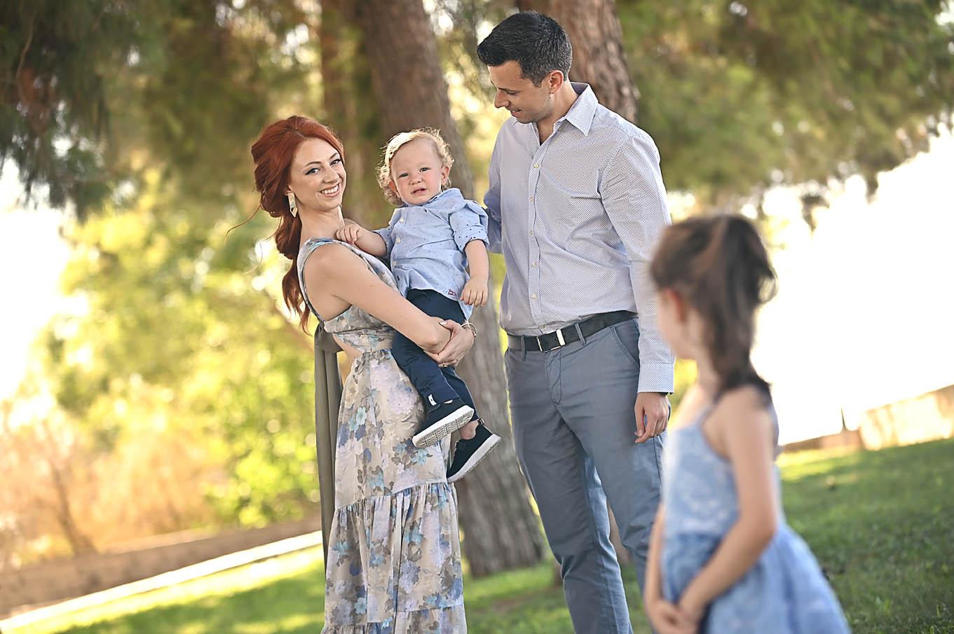 baptism- christening- family-potrtait-alexis-koumaditis-larissa-01