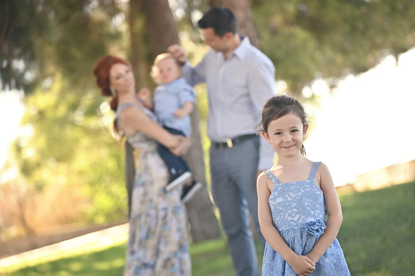 baptism-christening -family -potrtait-alexis-koumaditis-larissa