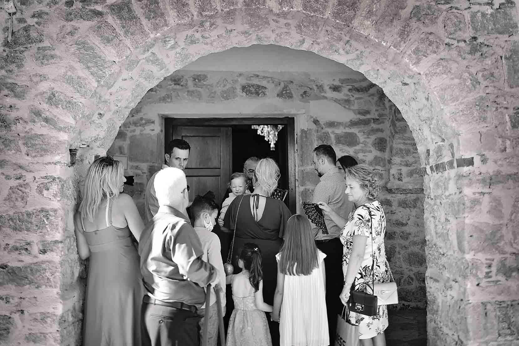 baptism- vchristening- family -potrtait-alexis-koumaditis-larissa-01