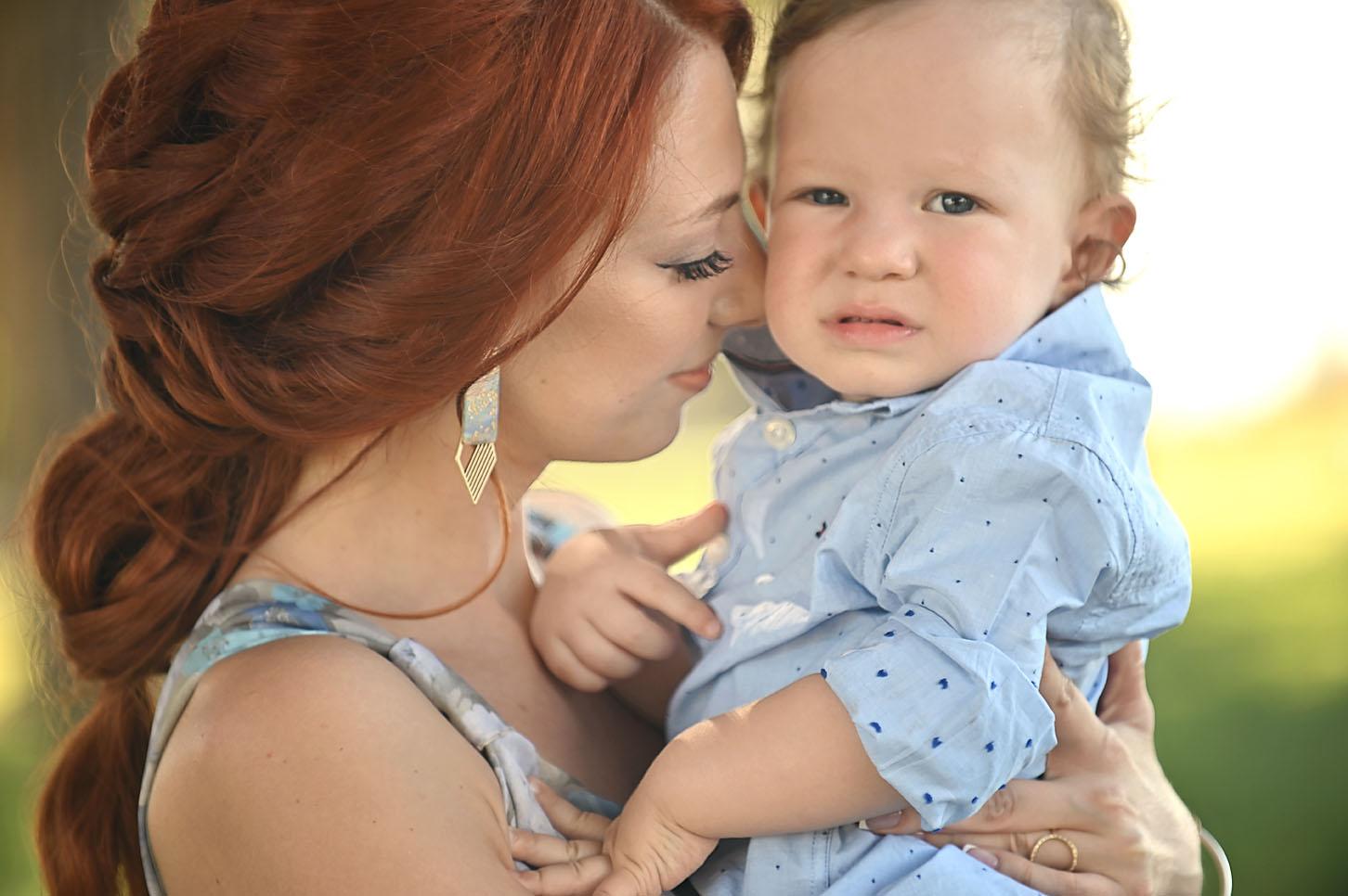 mum-son -family-portraits -l arissas-alexis-koumaditis-photography-01