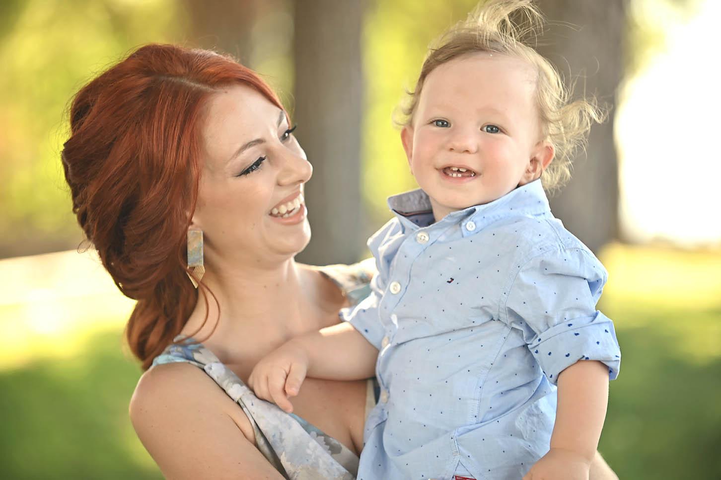 mum-son-family-portraits-larissa -alexis-koumaditis-photography